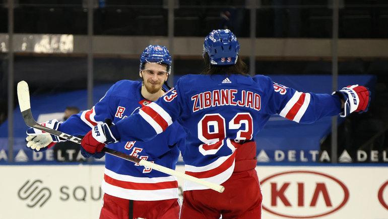 Павел Бучневич иМика Зибанежад. Фото USA Today Sports