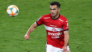 В «Спартаке» заявили, что клуб намерен вернуть потраченные наУрунова деньги