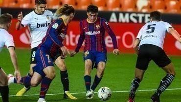Дубль Месси принес «Барселоне» волевую победу над «Валенсией»