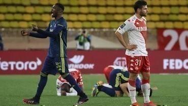 «Монако» без Головина проиграл матч года, Криштиану Роналду спас «Ювентус», Месси оставил «Барсу» вчемпионской гонке