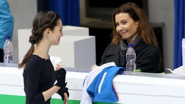 Евгения Медведева и Этери Тутберидзе. Фото Ольга Бенар