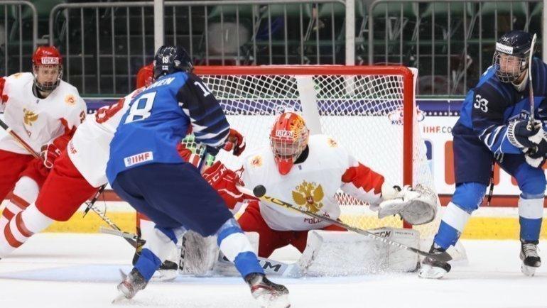 Сборная России против Финляндии наЮЧМ. Фото IIHF