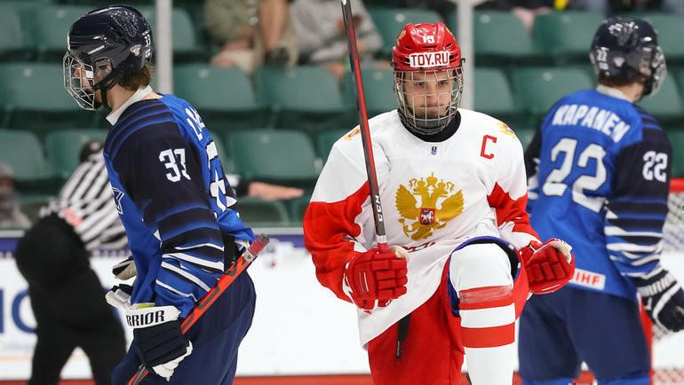 Сборная России заправо выйти вфинал сыграет против команды Финляндии. Фото IIHF