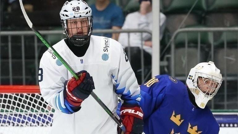 Сборная США проиграла команде Швеции сосчетом 2:5 в1/4 финала домашнего юниорского чемпионата мира-2021. Фото IIHF