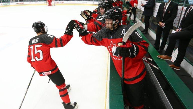 Юниорская сборная Канады похоккею. Фото IIHF