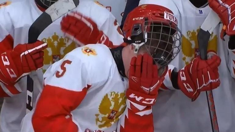 Скриншот трансляции матча Россия— Канада.
