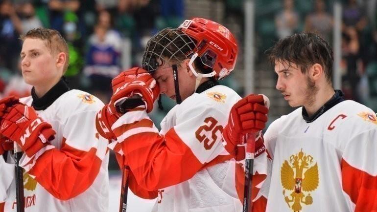 Вфинале ЮЧМ сборная России проиграла Канаде сосчетом 3:5. Фото IIHF