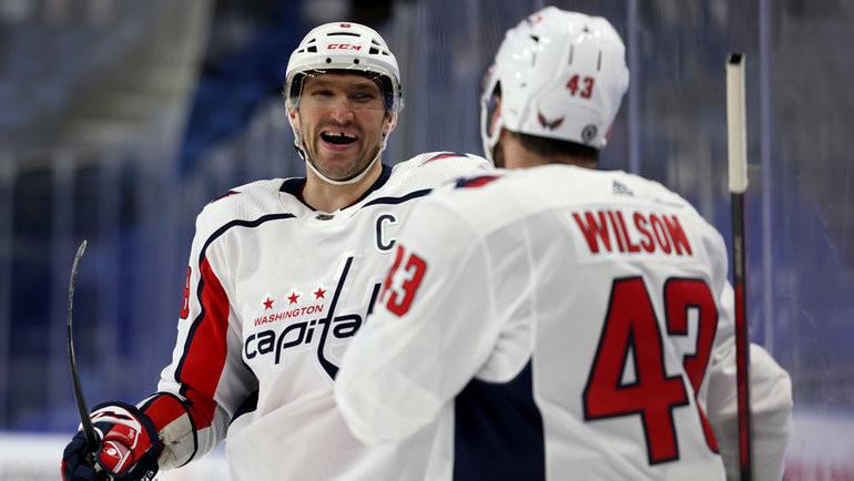 Александр Овечкин иТом Уилсон. Фото USA Today Sports