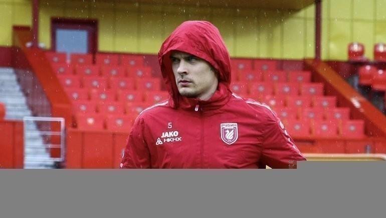 «Рубин» пошутил над проливным дождем вТуле вовремя матча с «Арсеналом». Фото ФК «Рубин»