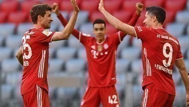 «Бавария» встатусе чемпиона Германии разгромила «Боруссию» изМенхенгладбаха