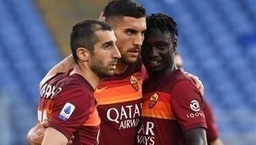 «Рома» забила пять безответных мячей «Кротоне»