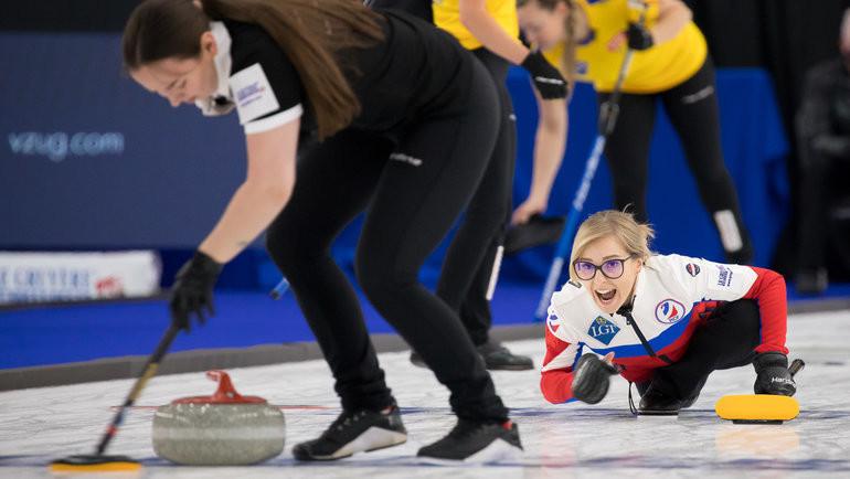 Женская сборная России уступила Швейцарии наЧМ покерлингу. Фото worldcurling.org