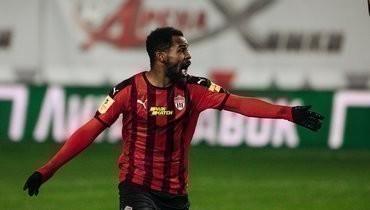 Идову обновил свой пост скритикой судейства после матча со «Спартаком»