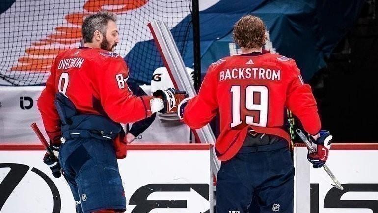 12мая. «Вашингтон»— «Бостон»— 2:1. Александр Овечкин (слева) вернулся налед после травмы. Фото ХК «Вашингтон», Instagram
