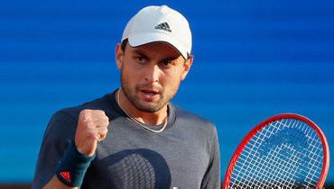 Карацев победил Медведева вовтором раунде турнира вРиме