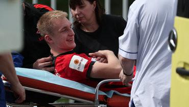 «Спартак» рассказал осостоянии Денисова, которого увезли наскорой после попадания мяча влицо
