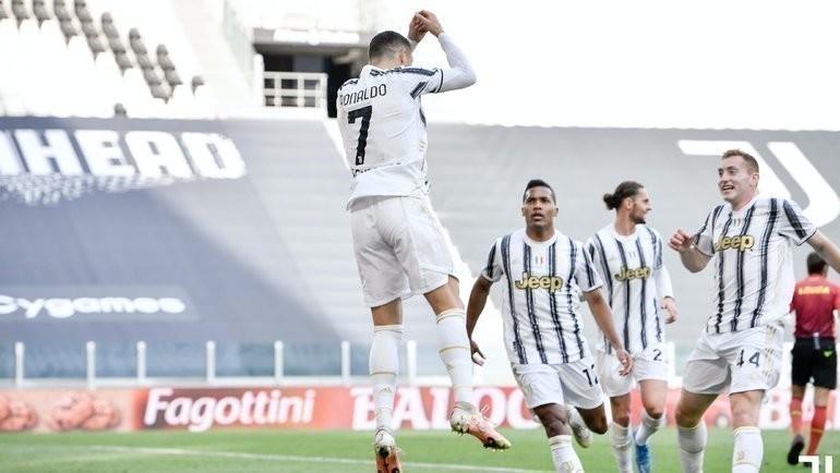 Криштиану Роналду после гола. Фото ФК «Ювентус»
