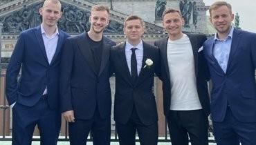 Футболист ЦСКА Обляков отпраздновал свадьбу: напразднике были Круговой, Чалов, Кучаев иРадионова