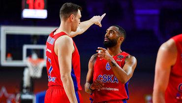 ЦСКА почти отыгрался с «-21», ноуступил «Эфесу» вполуфинале Евролиги