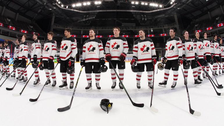 Хоккеисты сборной Канады. Фото IIHF