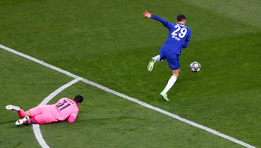 Гол «Челси» спас вратаря «Сити» отудаления. Эдерсон избежал дисциплинарных санкций