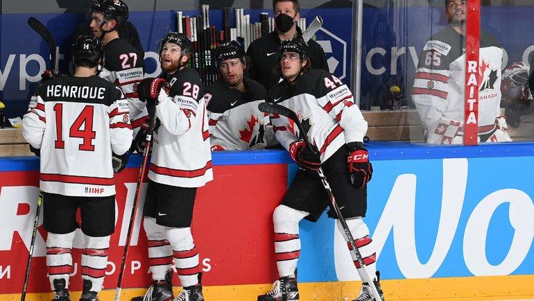 Хоккеисты сборной Канады. Фото AFP