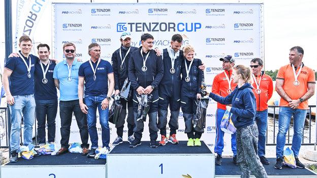 Победу на первом этапе Tenzor Cup by PROyachting команда Arttube RUS-1 завоевала в день рождения своей рулевой Валерии Коваленко.