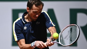 Медведев установил личный рекорд на «Ролан Гаррос». Первая победа запять лет!
