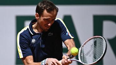 Медведев впервые выиграл матч наRoland Garros