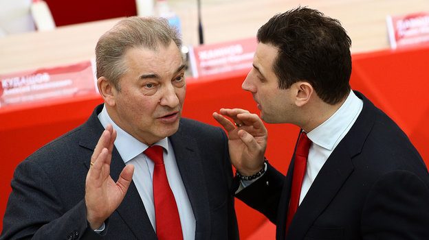 Владислав Третьяк (слева). Фото Дарья Исаева, «СЭ» / Canon EOS-1D X Mark II