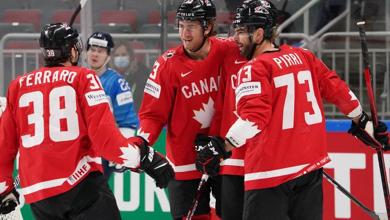 Сборная Канады смогла выйти вплей-офф благодаря победе взаключительном туре. Фото IIHF