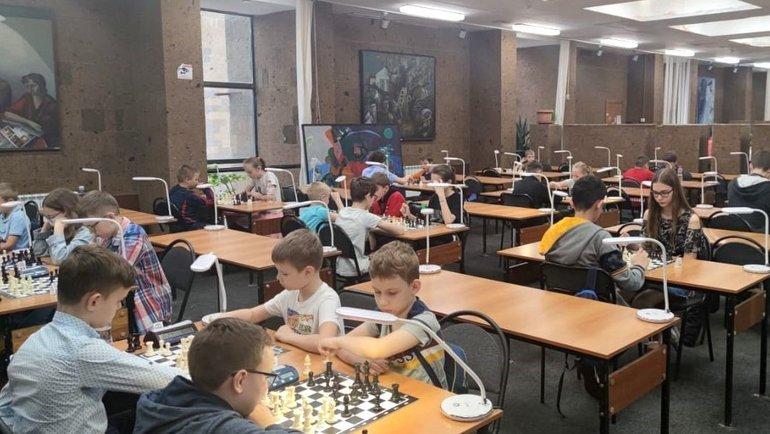 Шахматный турнир в Донской государственной публичной библиотеке. Фото Управление информационной политики правительства Ростовской области