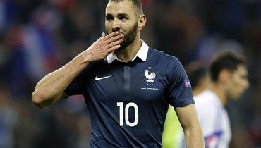 Франция— Уэльс: Бензема незабил пенальти впервом матче после возвращения всборную