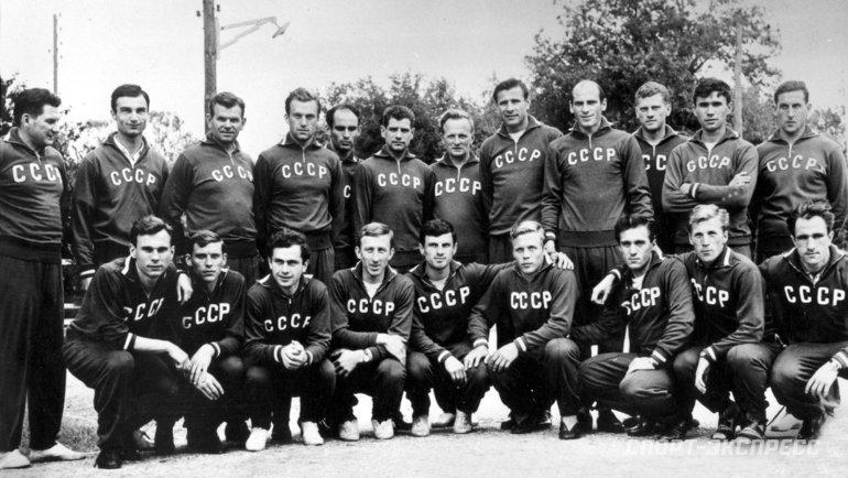 СССР— втройке лучших сборных вистории Евро. Россия— на20-м месте