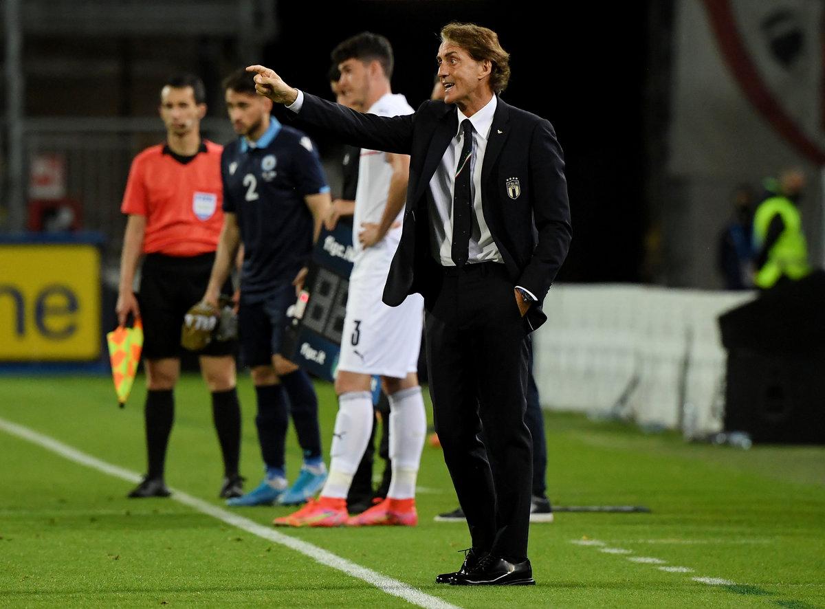 Манчини пришел наруины ипостроил очень крутую сборную Италии. Она теневой фаворит Евро-2020