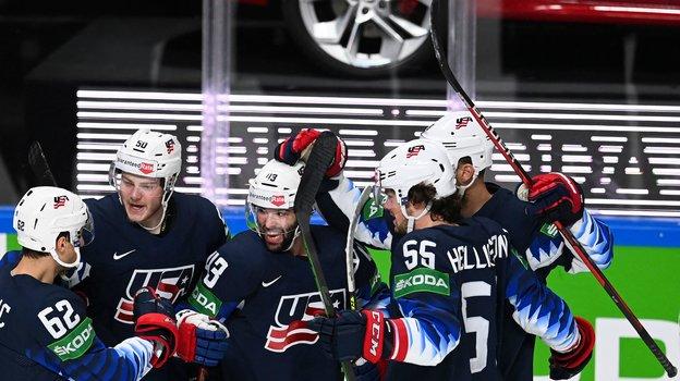 3июня. Рига. США— Словакия— 6:1. Хоккеисты сборной США. Фото AFP