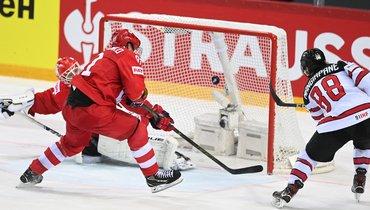 3июня. Россия— Канада— 1:2 ОТ. Эндрю Манджапане забивает победный гол.
