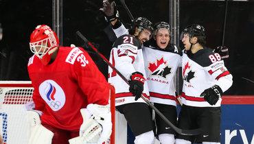 3июня. Рига. Россия— Канада— 1:2 ОТ. Эндрю Манджапане празднует победную шайбу вовертайме.
