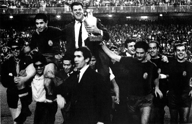 1964 год. Сборная Испании— победитель ЧЕ-1964. Фото AFP