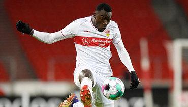 Футболист «Штутгарта» признался, что агент изменил его имя идату рождения