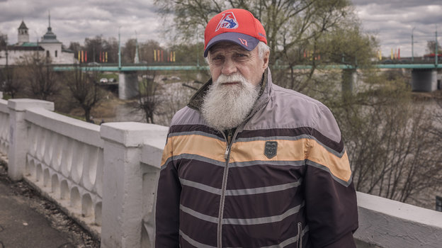 ХКЛокомотив: интервью сЛеонидом Ткаченко— отцом хоккеиста Ивана Ткаченко, разбившегося вавиакатастрофе