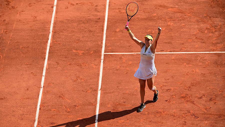 Павлюченкова обеспечила России первый полуфинал зашесть лет