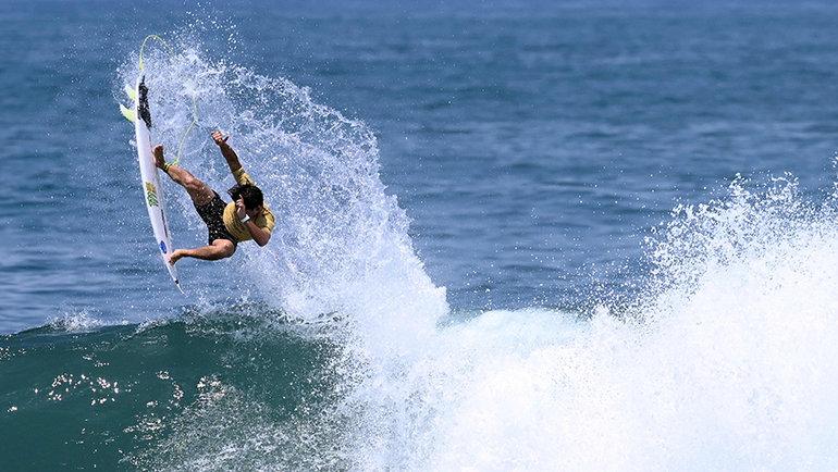 Серфинг— новый вид спорта наОлимпиаде. Фото AFP