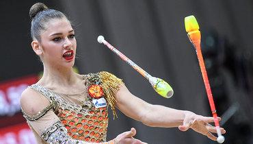 Гимнастка Солдатова выложила фото вминиатюрных шортиках