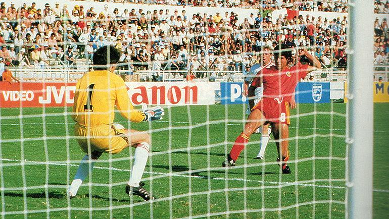 15июня 1986 года. Леон. СССР— Бельгия— 3:4. Энцо Шифо забивает гол. Фото AFP