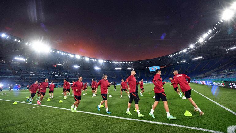 Сегодня матчем Турция— Италия вРиме стартует 16-й чемпионат Европы. Фото AFP