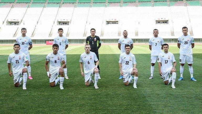 Ворота сборной Киргизии вовтором матче подряд защищал полевой игрок. Фото Twitter