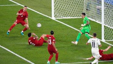 11июня. Турция— Италия. Демирал забивает всвои ворота.