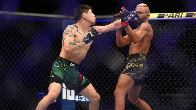Брэндон Морено победил Дейвисона Фигейредо. Фото USA Today Sports
