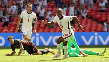 13июня. Англия— Хорватия— 1:0. Рахим Стерлинг празднует гол.